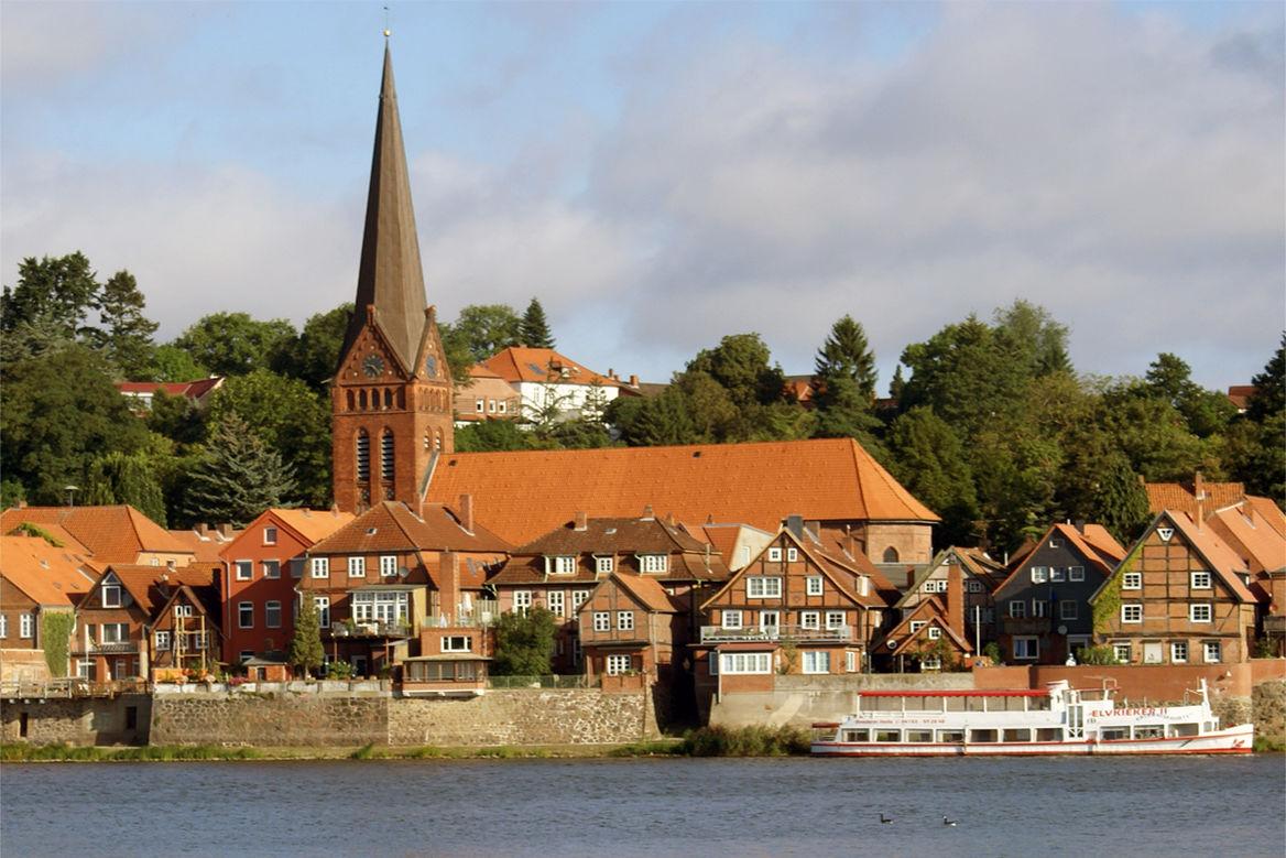 Maria-Magdalenen-Kirche in der historischen Altstadt am Elbufer - Copyright: Ev.-Luth. Kirchengemeinde Lauenburg/Elbe